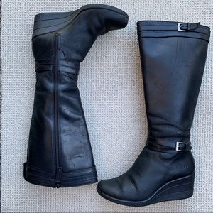 Ugg Tall Leather Wedge Black Boots 7